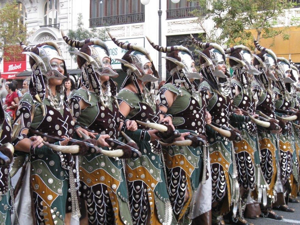 desfile-moros-y-cristianos-del-9-de-octubre_1658021