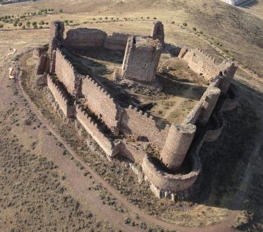 Castillo de Almonacid de Toledo, vista aérea