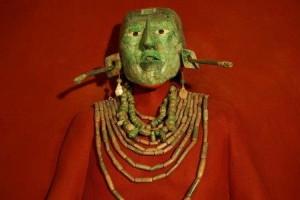 Máscara y collar de K'inich Janaab' Pakal