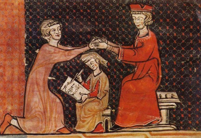 Un vasallo arrodillado realiza la-inmixtio manum-durante-el-homenaje-a su señor sentado.-Un escribiente toma nota.