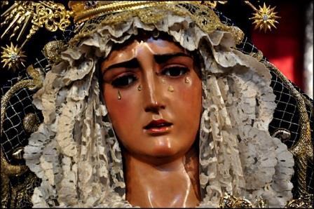 Rostro de la imagen de la Virgen de la Hiniesta -Sevilla