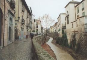 El río Darro a su paso por Granada
