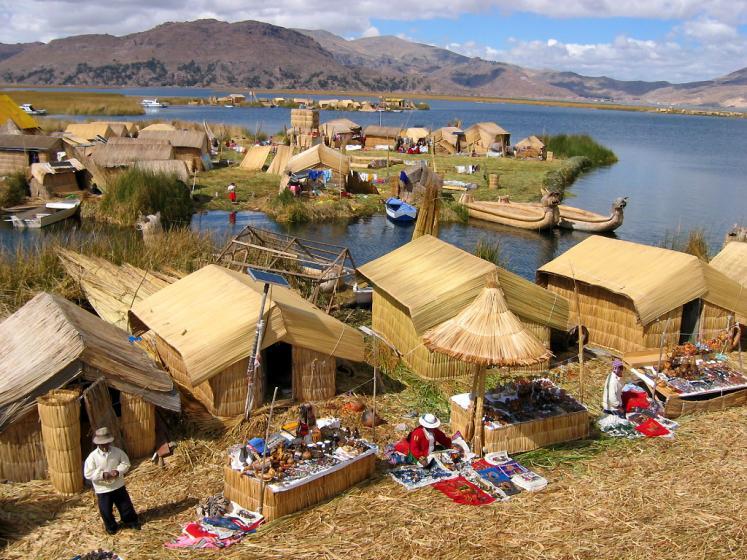 colores en el Titicaca
