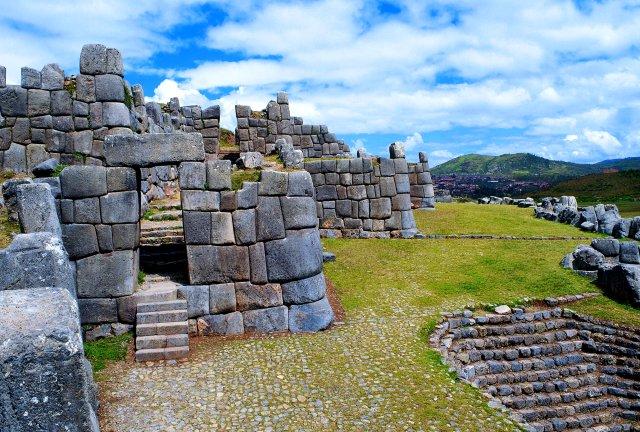 piedras de  Sacsahuamán