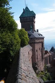 a orillas del Rin nos encontramos con este castillo de haut koenigsbourg