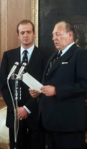 Don Juan de Borbón renunciando sus derechos dinásticos en favor de su hijo Juan Carlos I