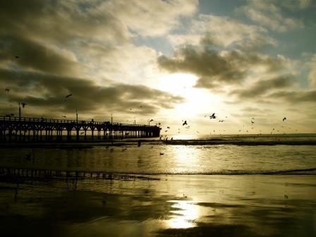 Puesta de sol en la costa de Cañete