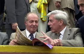 Juan Carlos I y el escritor Mario Vargas