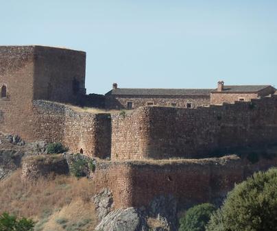 castillo-de-montizon (3)