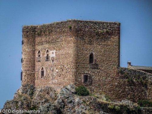 castillo-de-montizon_7285784