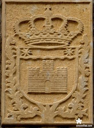 Escudo Castiliscar tallado por José Mójica Lorente