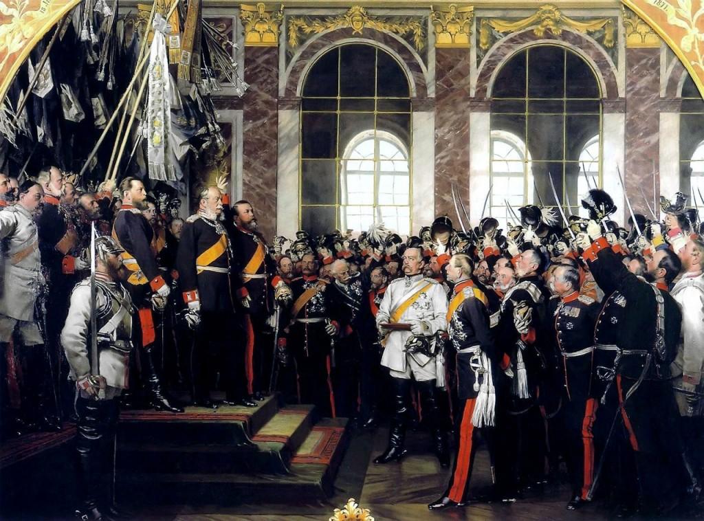 Representación de la proclamación de Wilhelm como emperador en elSalón de los Espejosde Versalles;Bismarck se encuentra en el blanco de centro-derecha que llevaba.  Oleo de Anton von Werner's